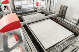 Printing process of the vx4000 from voxeljet