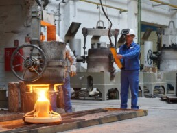 Casting of the 3D investment casting mould
